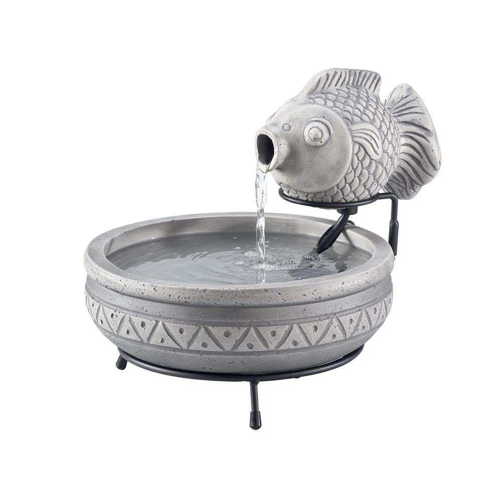 Cement Marin Solar Fish Fountain in Grey
