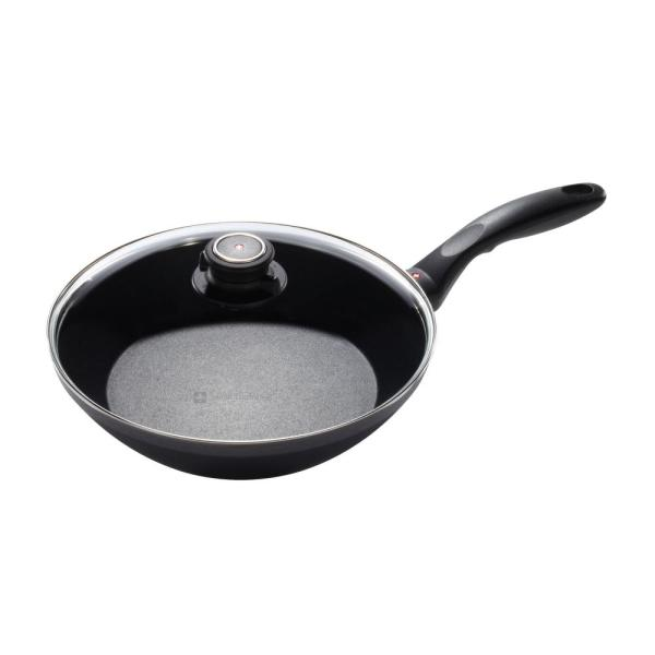 Swiss Diamond Nonstick Edge Stir Fry Pan with Lid