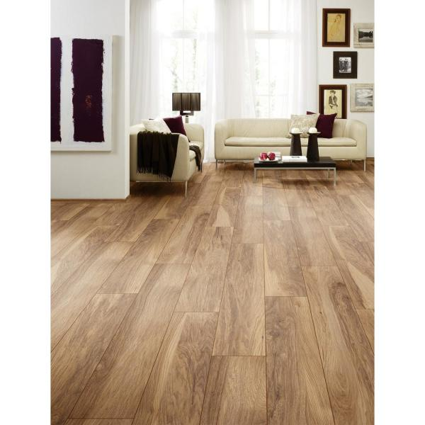 Home Decorators Collection Shefton Hickory 12mm Thick X 6 1 In Wide X 47 64 In Length Laminate Flooring 14 13 Sq Ft Case 361241 2k346 The Home Depot