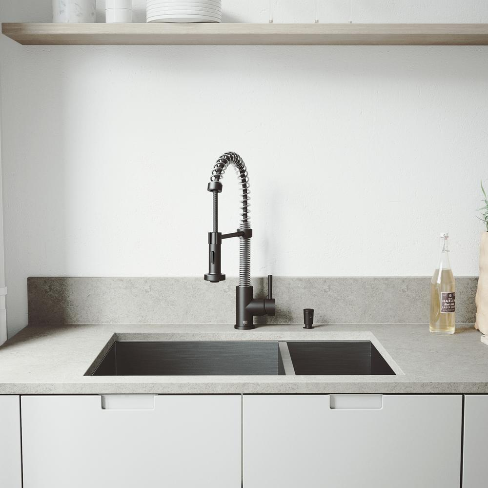 Vigo All In One 29 Endicott Stainless Steel 60 40 Double Bowl Undermount Kitchen Sink W Pull Down Faucet Matte Black