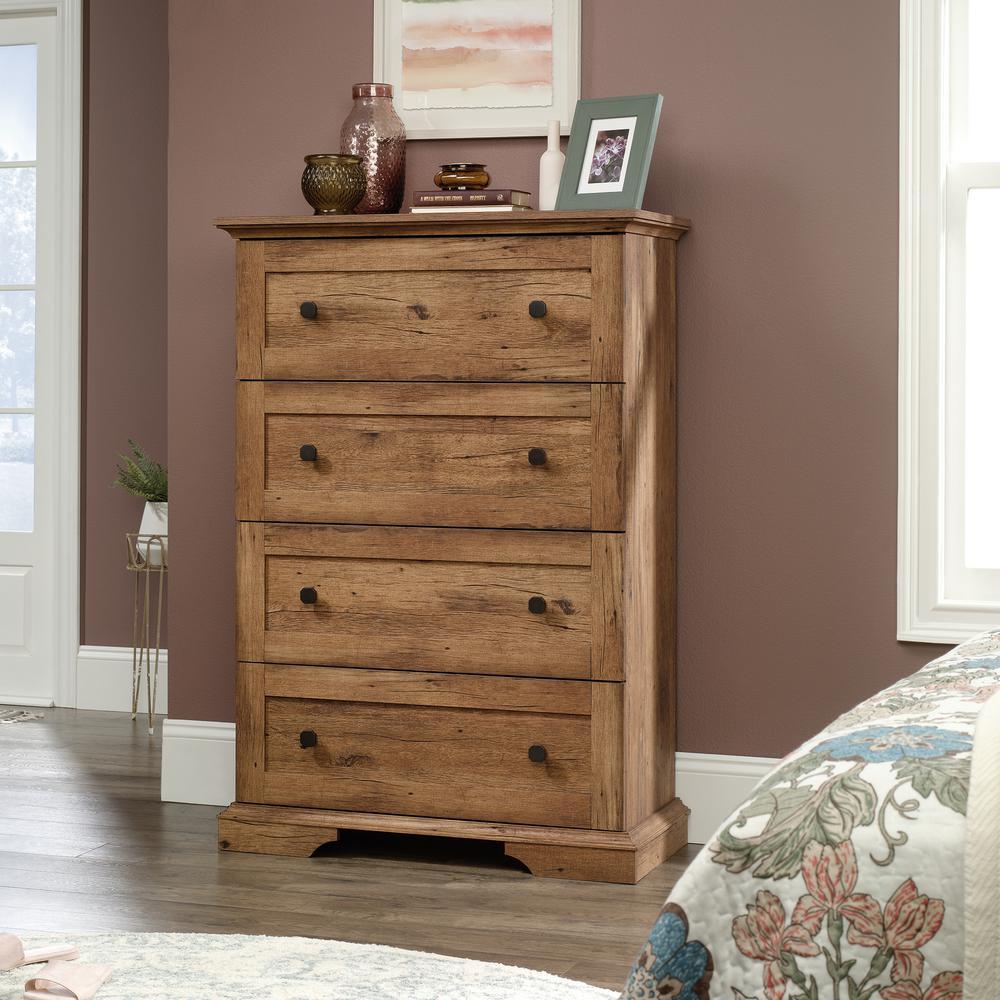 New Grange 4-Drawer Vintage Oak Chest of Drawers