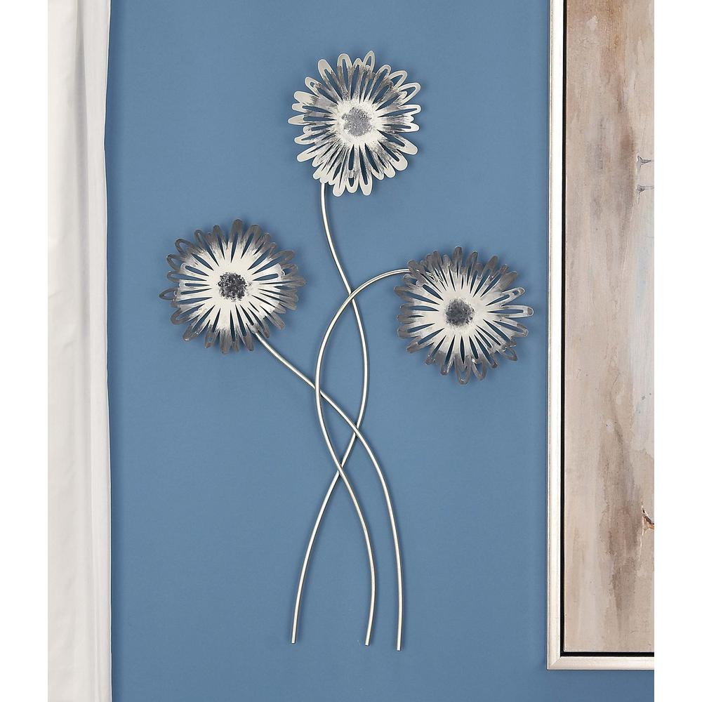 32 in. x 20 in. Flower-Shaped Iron Metal Wall Decor