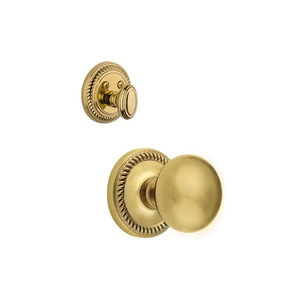Grandeur Newport Single Cylinder Lifetime Brass Combo Pack Keyed Differently with Fifth Avenue Knob and Matching Deadbolt