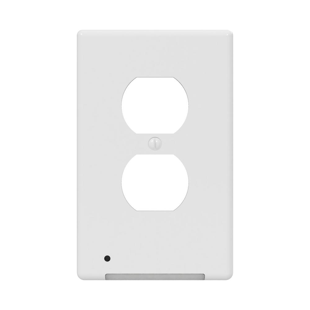GLOCOVER GloCover 1-Gang Duplex Plastic Wall Plate with Buit-in Nightlight – White