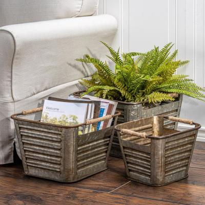 Nested Galvanized Silver Metal Buckets (Set of 3)