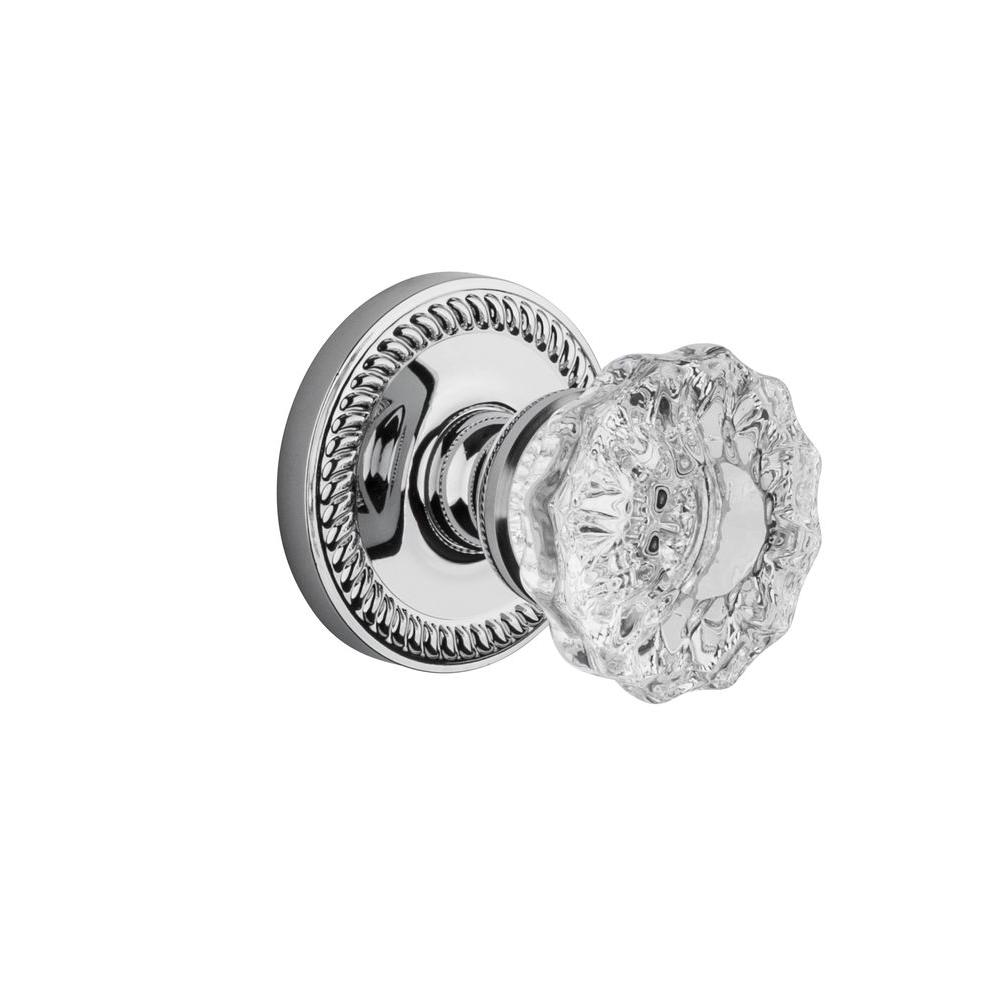 Grandeur Newport Rosette Bright Chrome with Passage Fontainebleau Crystal Knob