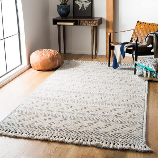 Safavieh Casablanca Ivory Blue 4 Ft X 6 Ft Area Rug Csb661a 4 The Home Depot