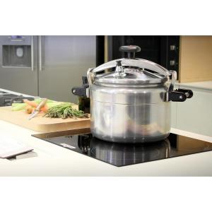 Click here to buy Magefesa Chef 23 Qt. Aluminum Pressure Cooker by Magefesa.