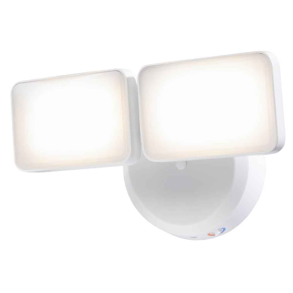 Heath Zenith HZ-8485-WH White Dusk to Dawn Dual LED Head Floodlight