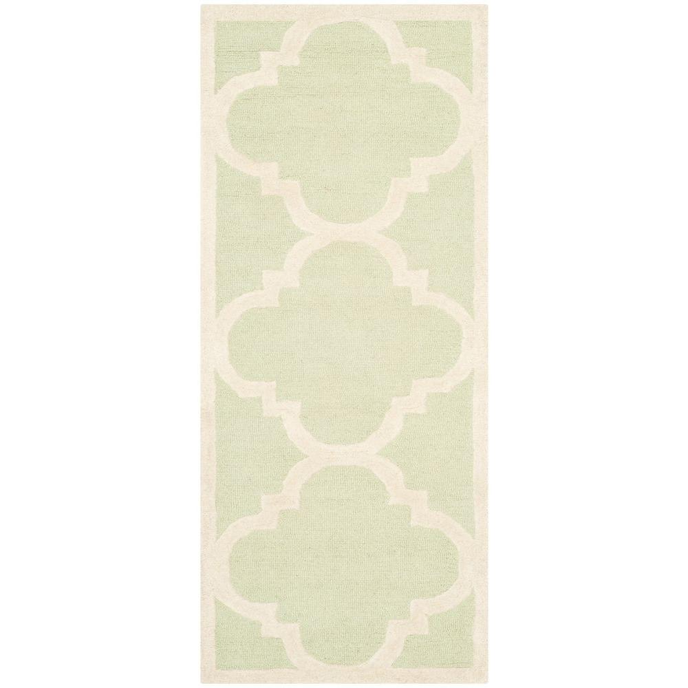 Safavieh Cambridge Light Green/Ivory 2 ft. 6 in. x 6 ft. Runner