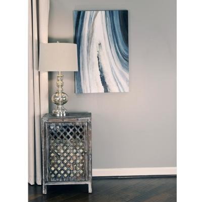 Quatrefoil Distressed Gray Mirror Accent End Table