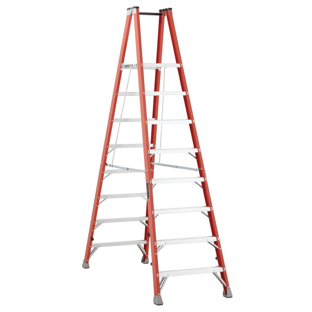 Werner 8 Ft Fiberglass Step Ladder With 300 Lb Load