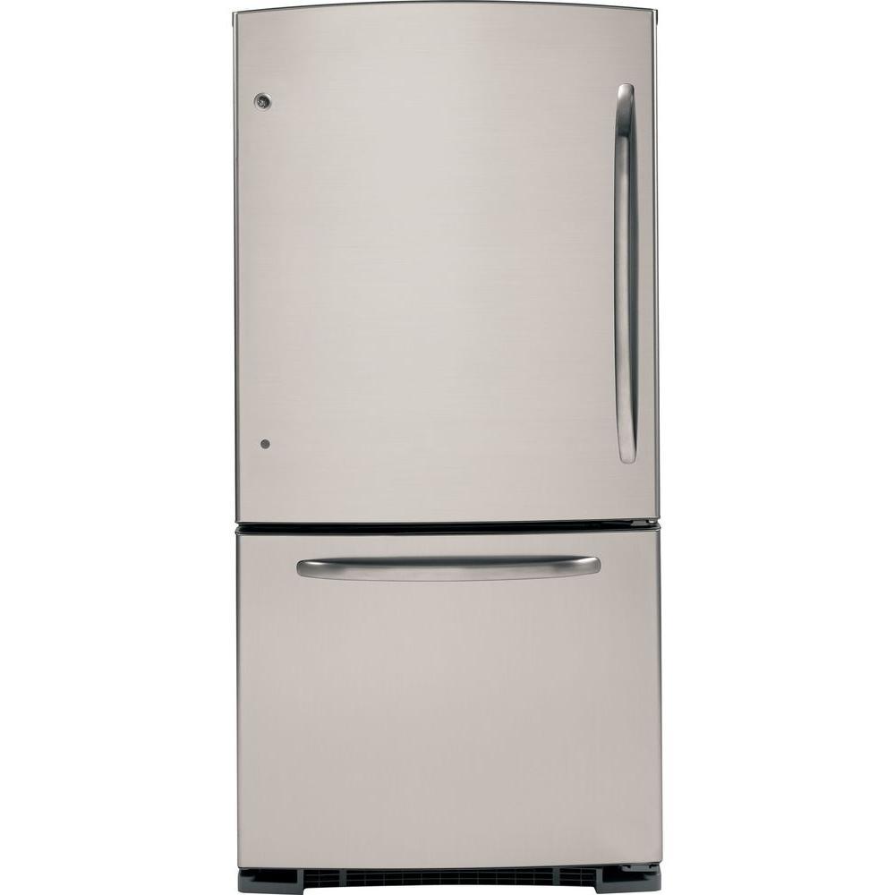 GE 20.3 cu. ft. Bottom Freezer Refrigerator in CleanSteel