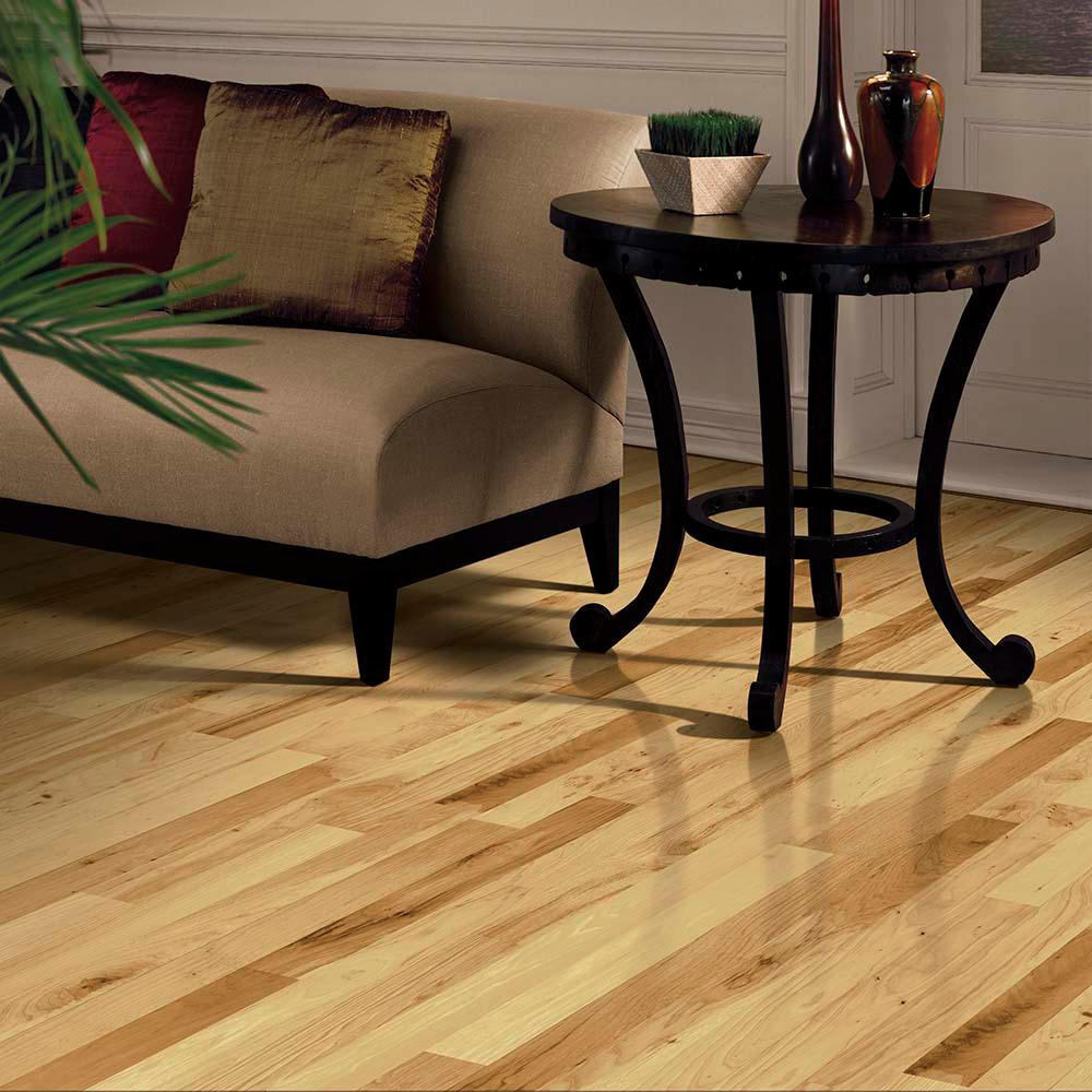Bruce Country Natural Hickory 3 4 In Thick X 1 Wide Varying Length Solid Hardwood Flooring 22 Sq Ft Case
