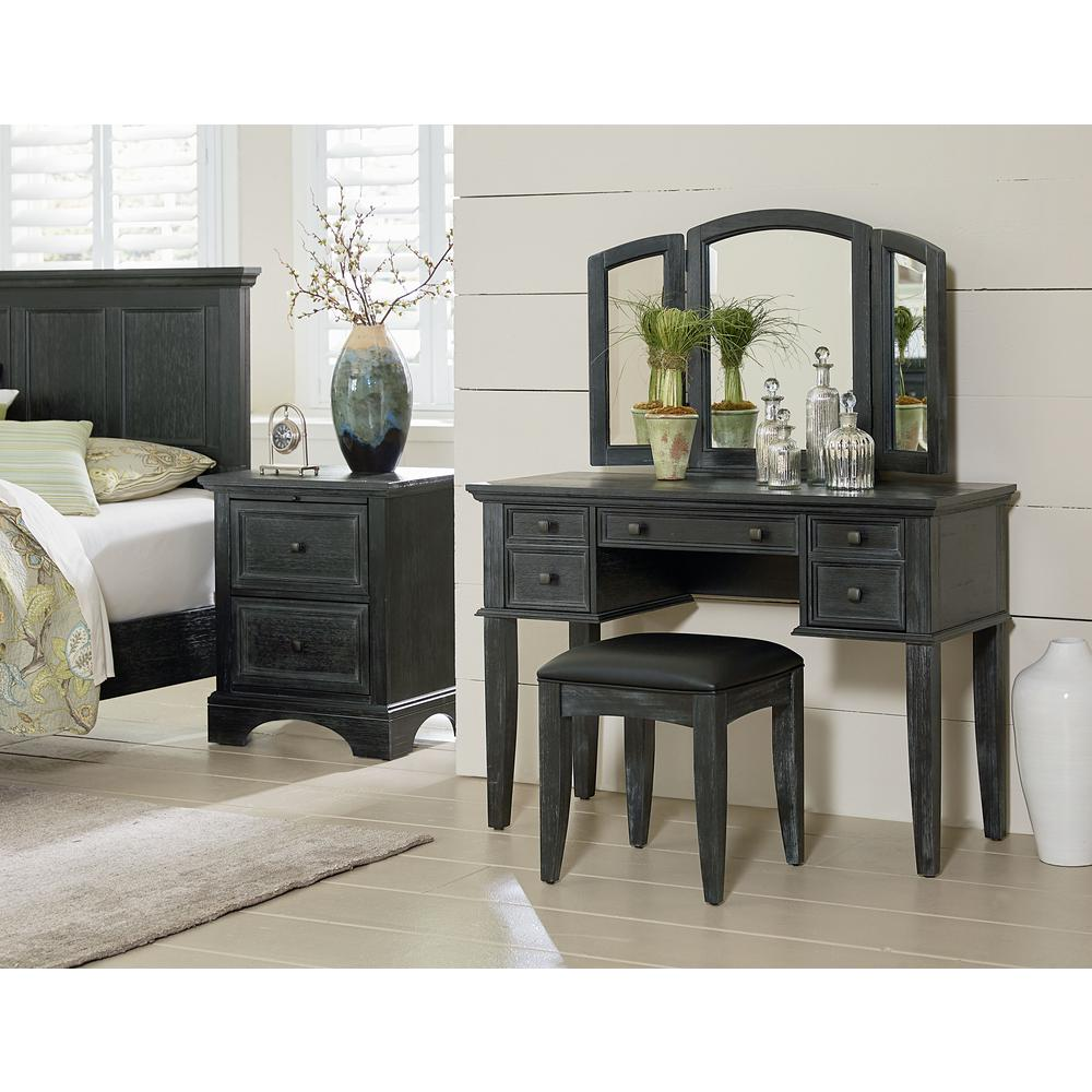 OSP Home Furnishings Farmhouse Basics Queen Bedroom Set