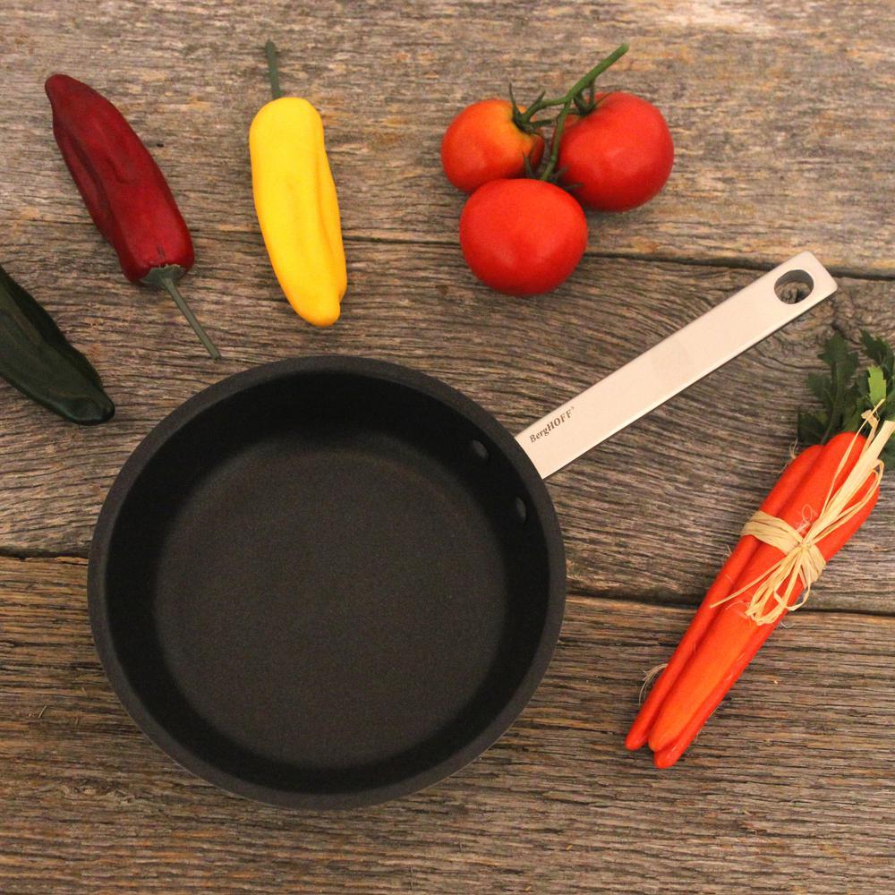 BergHOFF Essentials 8 in. Stainless Steel Fry Pan