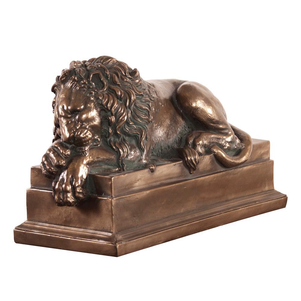 Left Facing Bronze Lion Statue 91009 The Home Depot