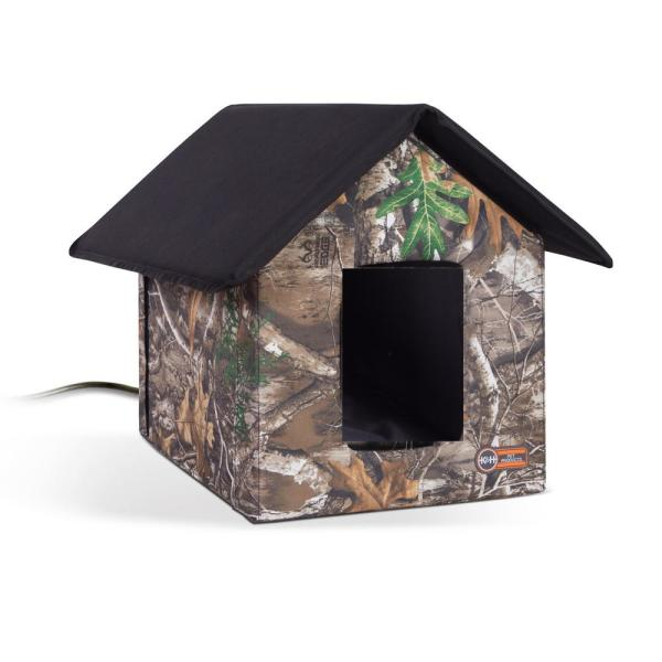 K&H 18 in. x 22 in. x 17 in. Realtree Edge Outdoor Heated Kitty House