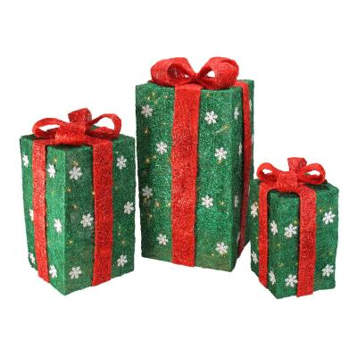 Northlight Set Of 3 Clear Incandescent Light Tall Green Sisal Gift Boxes Lighted Christmas Yard Decor 32915506 The Home Depot