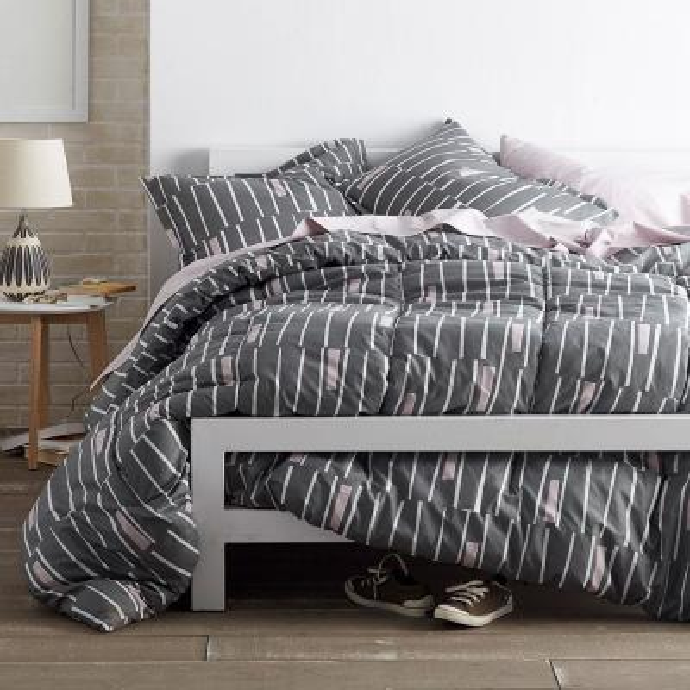 Traverse Gray Queen Comforter Set