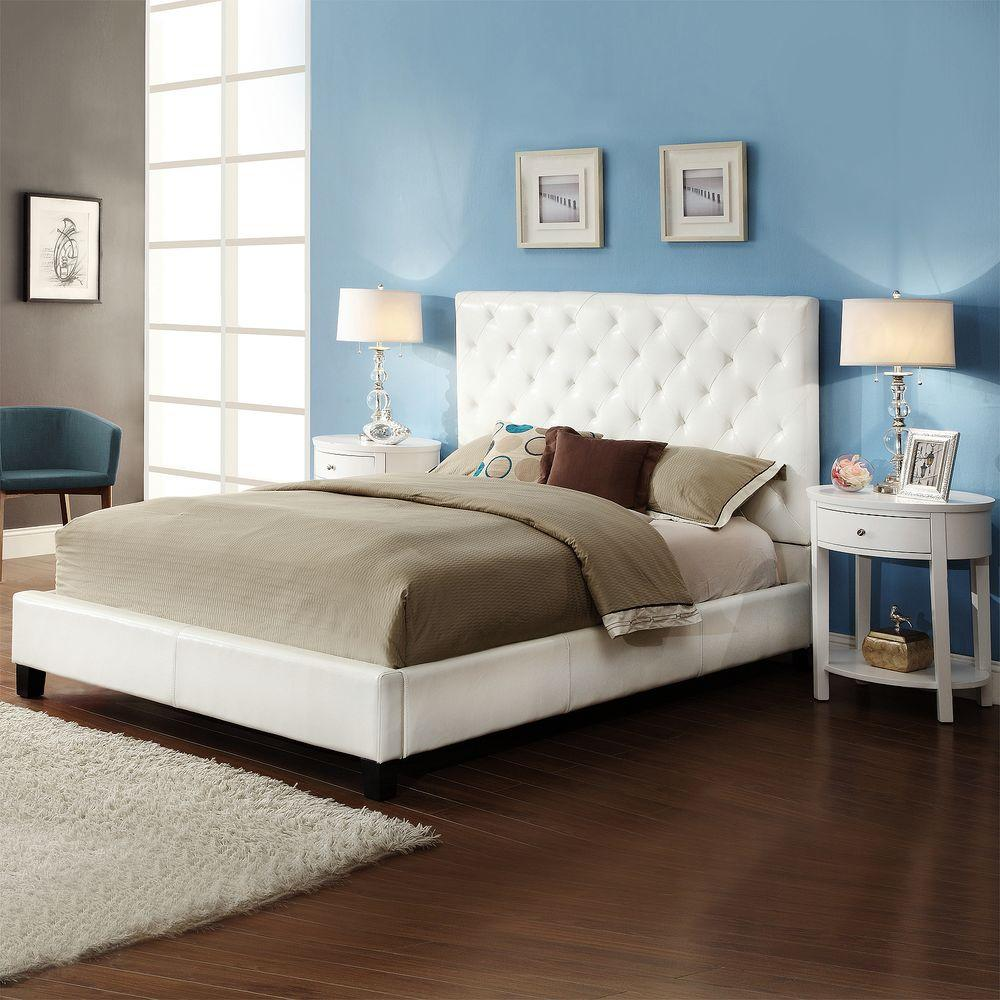 HomeSullivan Toulouse 3 Piece White Queen Bedroom Set