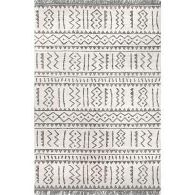 Gretchen Tribal Light Gray 9 ft. x 12 ft. Indoor/Outdoor Area Rug