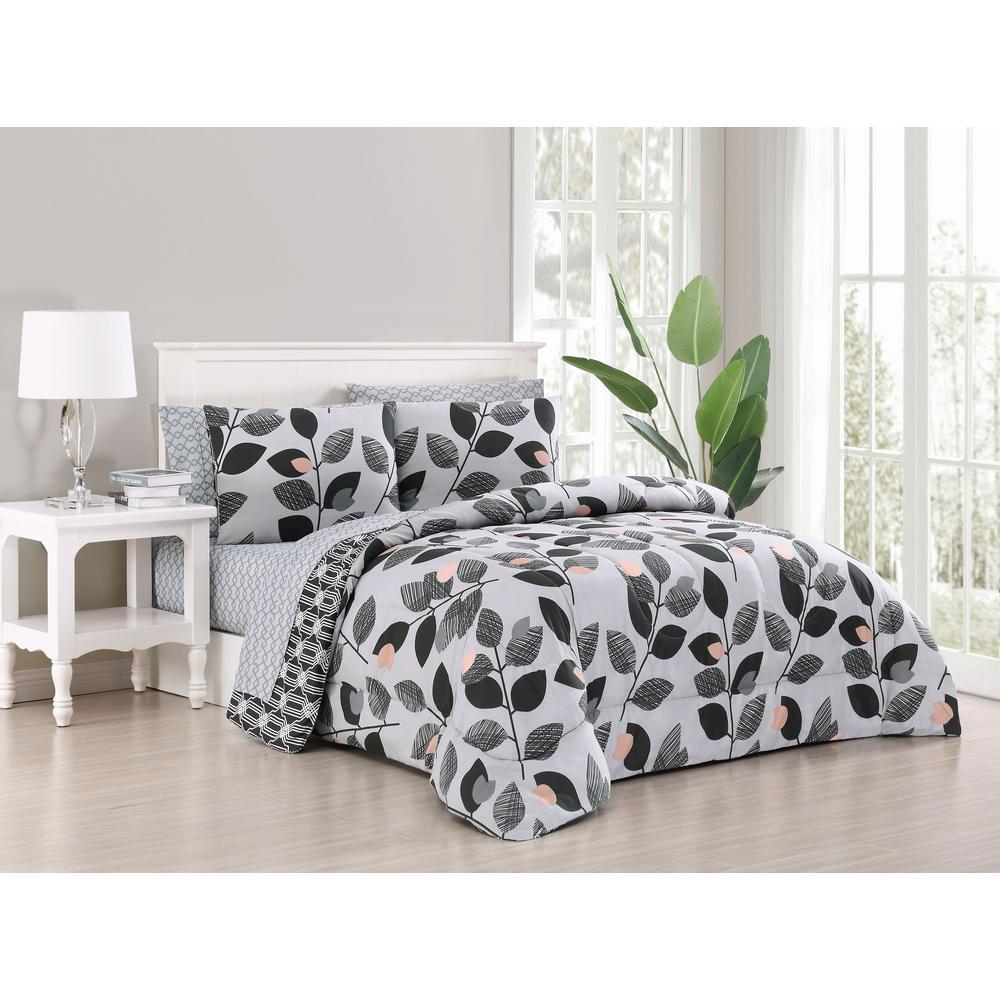 Kenna 7-Piece Grey/Black King Bed in a Bag Set