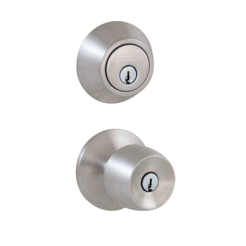 Defiant Brandywine Stainless Steel Keyed Entry Knob And