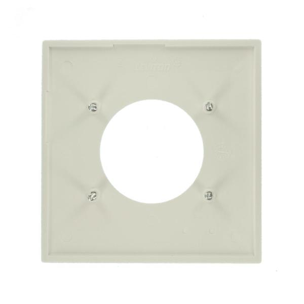 Leviton White 1 Gang Single Outlet Wall Plate 1 Pack R52 80726 00w The Home Depot