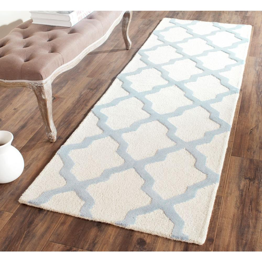 Cambridge Ivory/Light Blue 2 ft. 6 in. x 10 ft. Runner