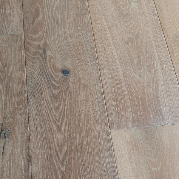 Malibu Wide Plank French Oak Newport 1 2 In T X 7 1 2 In Wide X Varying Length Engineered Hardwood Flooring 932 80 Sq Ft Pallet Hdmrtg289efp The Home Depot