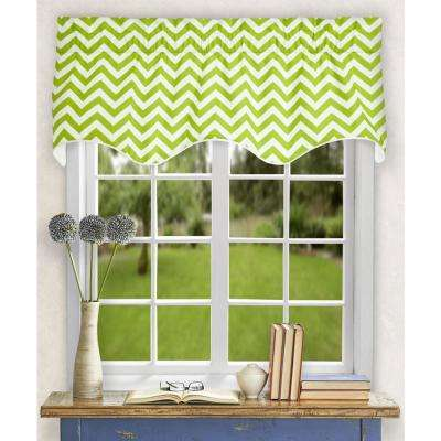 Reston 17 in. L Cotton Lined Scallop Valance in Lime