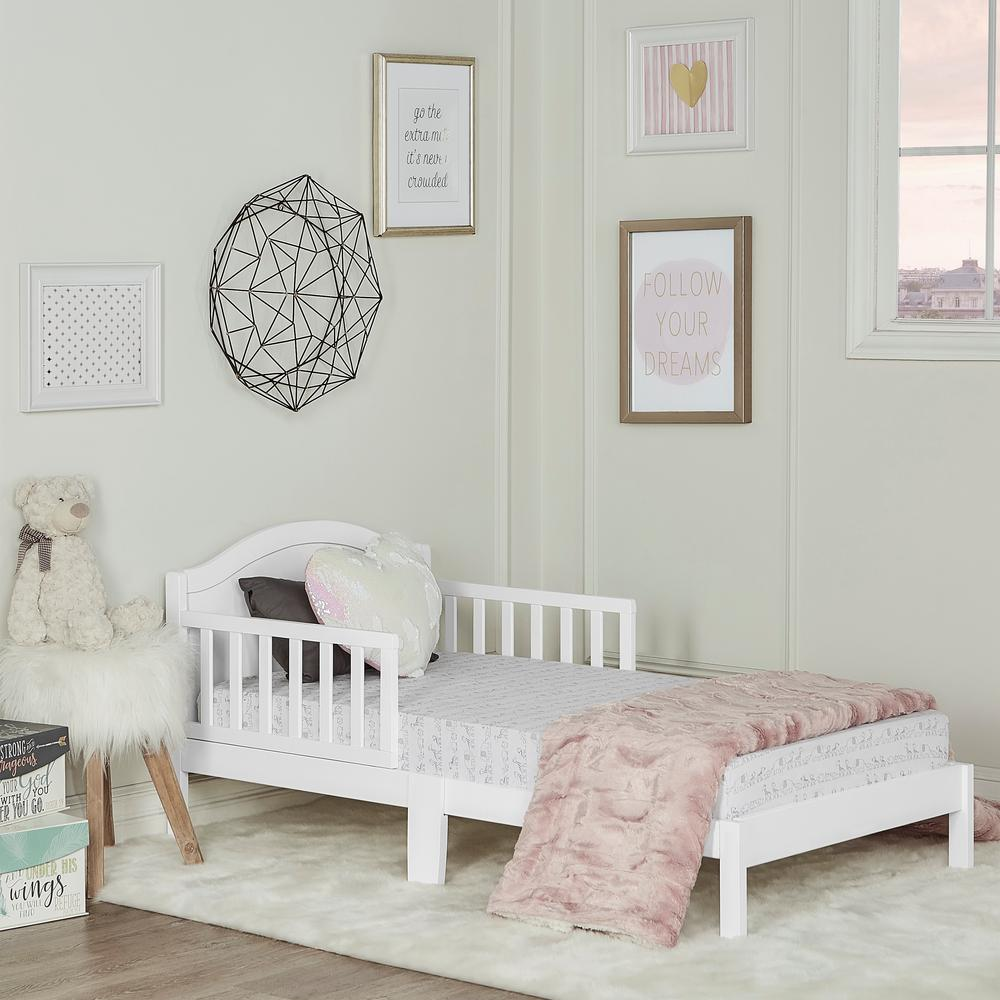 Dream On Me Sydney White Toddler Adjustable Toddler Bed 647 Wht