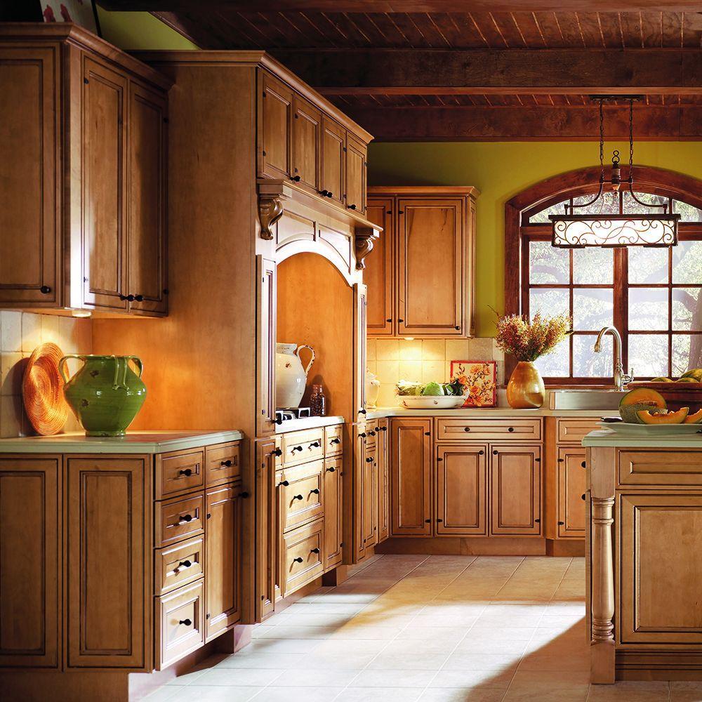 Thomasville Classic 14 5x14 5 In Cabinet Door Sample In ...