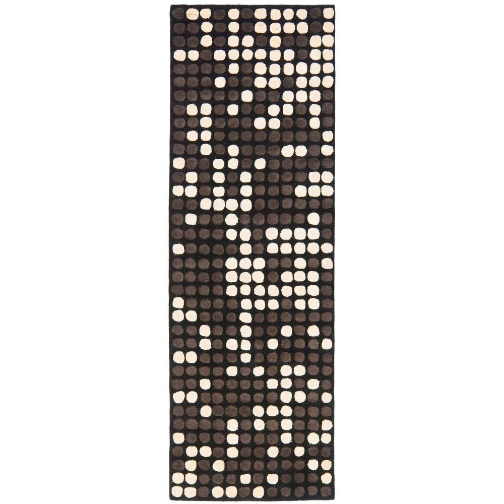 Safavieh Soho Black/White 2 ft. 6 in. x 12 ft. Runner
