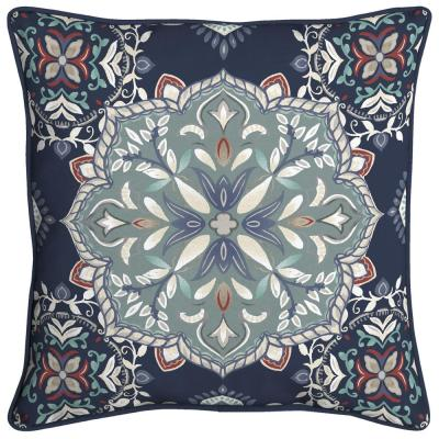 Medallion Welted Outdoor Throw Pillow