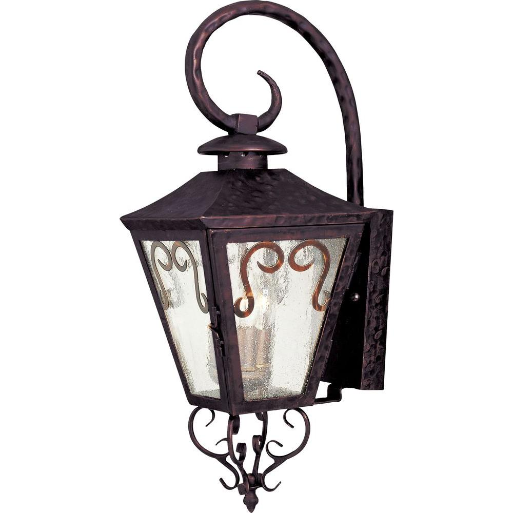 Maxim Lighting Cordoba Outdoor Wall Mount Cordoba is a traditional, early American style collection from Maxim Lighting International in Oil Rubbed Bronze finish with Seedy glass.