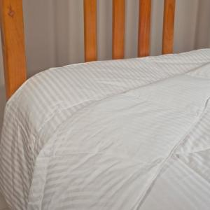 Year King Round White Duck Down Comforter by