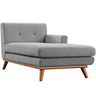 Engage Expectation Gray Right-Facing Chaise