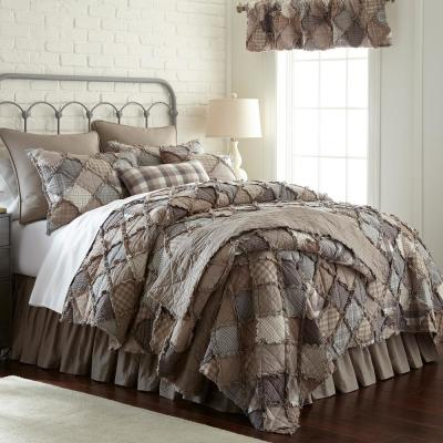 Smoky Mountain Beige/ Grey/ Ivory King Cotton Quilt Set (3-Piece)