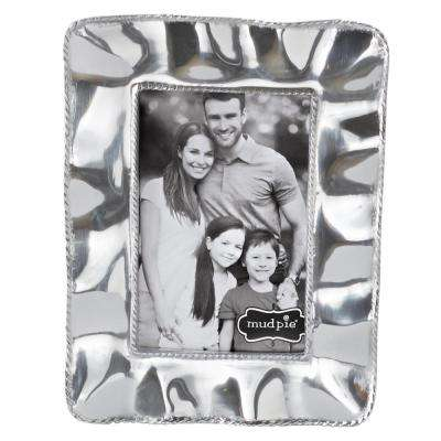 Ruffled Edge 4 in. x 6 in. Polished Silver Picture Frame