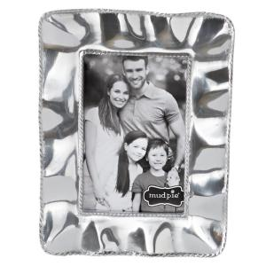 Ruffled Edge 4 inch x 6 inch Polished Silver Picture Frame by