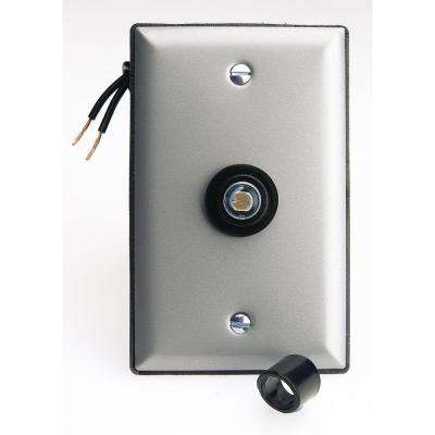 300-Watt Photo Eye Lighting Control with Face Plate