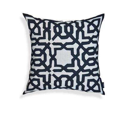 A1HC Black-Off White Leo 20 in. Throw Pillow