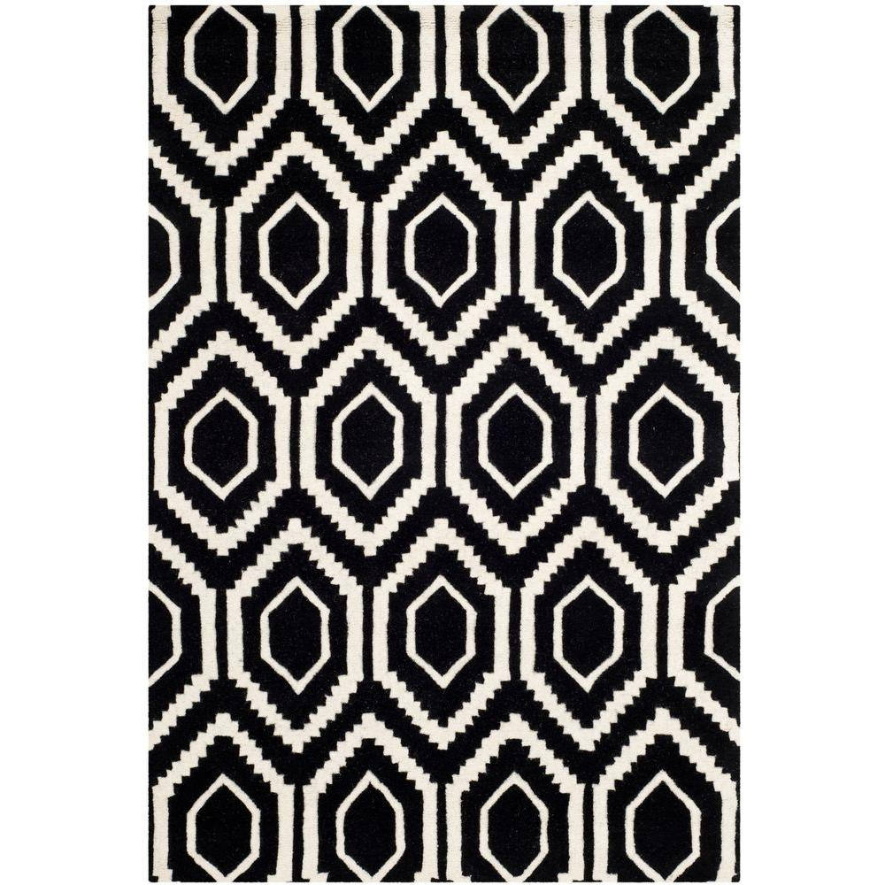 Chatham Black/Ivory 4 ft. x 6 ft. Area Rug