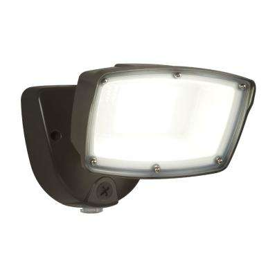 FSL Single Head Bronze Outdoor Integrated LED Dusk to Dawn Flood Light with Selectable Color Temperature
