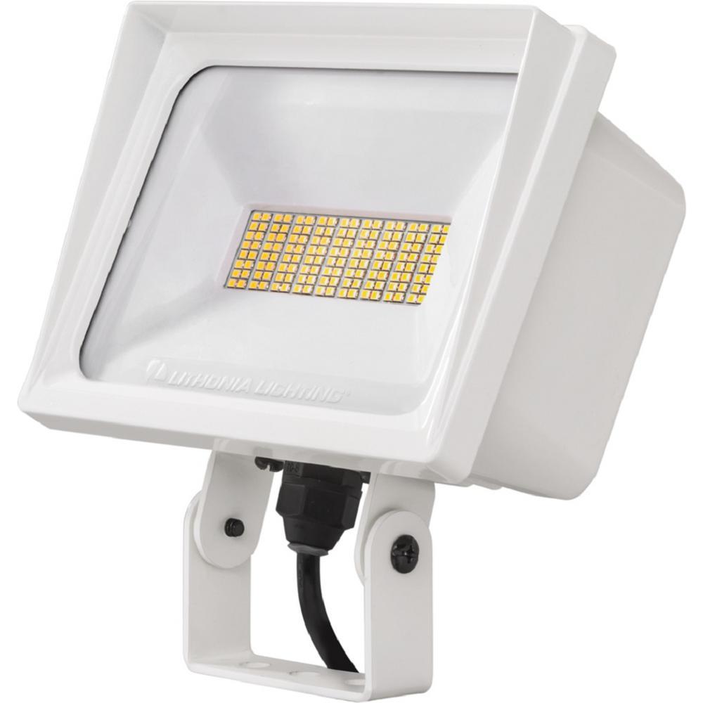 QTE Line Voltage White LED Landscape Flood Light with Yoke Mounting 5000K
