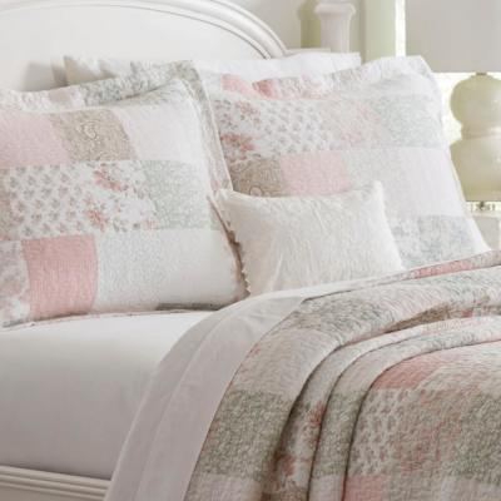 Celina Patchwork Cotton Quilt Set