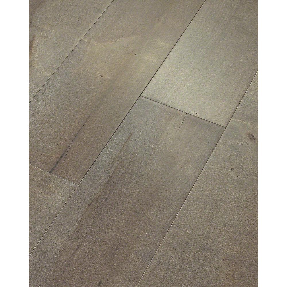 Take Home Sample  Grand Central Maple Queens Water Resist Engineered Hardwood Flooring  7 in. x 8 in.