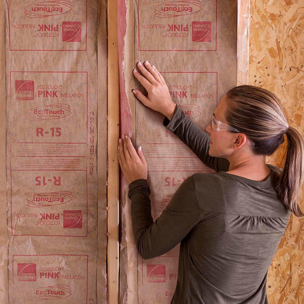 Owens Corning R 15 Kraft Faced Insulation Batt 15 In X 93 In Me21 The Home Depot